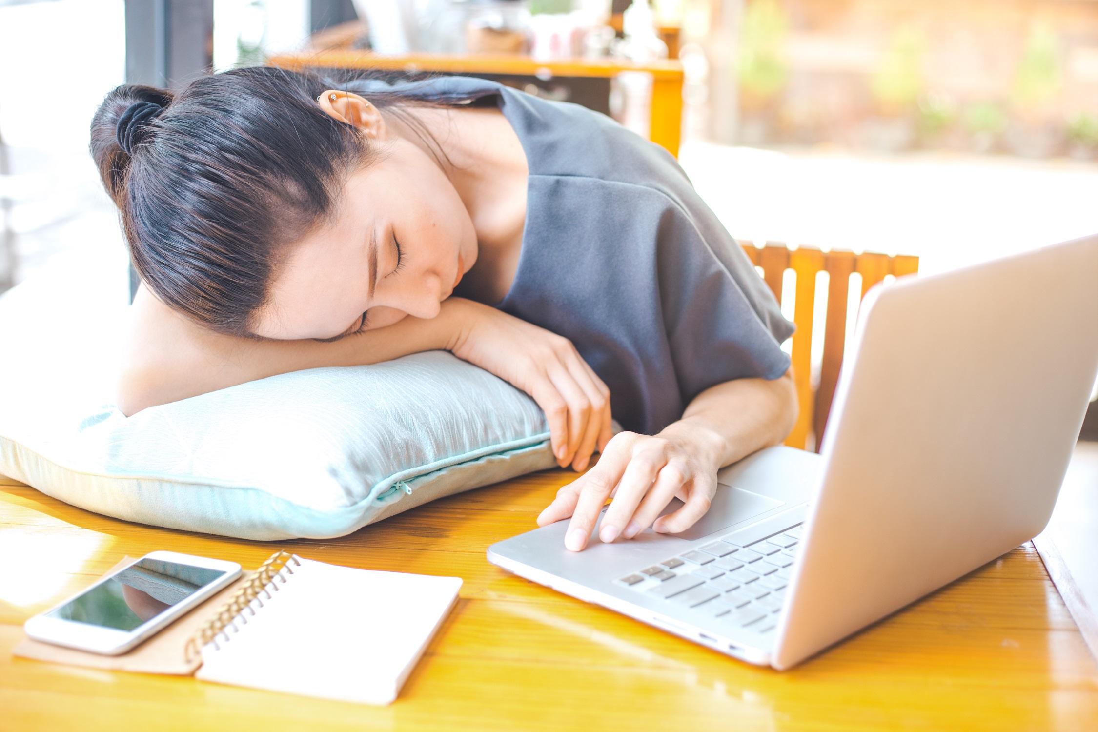 Razões pelas quais o freelancer pode se sentir esgotado