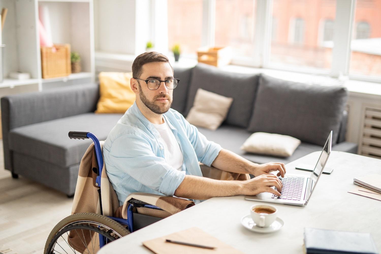 Trabalho freelancer: acessibilidade e igualdade